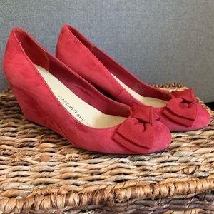 SALE🎄Isaac Mizrahi Red Suede Wedge Heel Bow Shoes